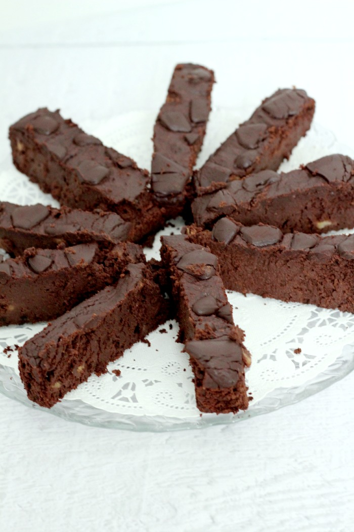 This grain free chocolate cake is yum and perfect for the holidays.