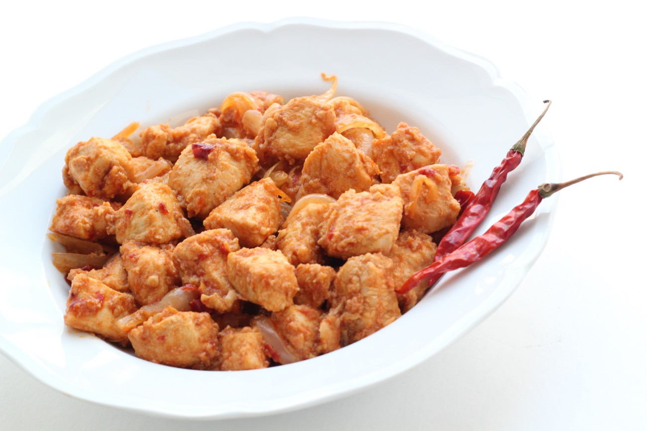 This Paleo Indochinese Chili Chicken is a spicy, flavorful dish. Sure to please your taste buds!